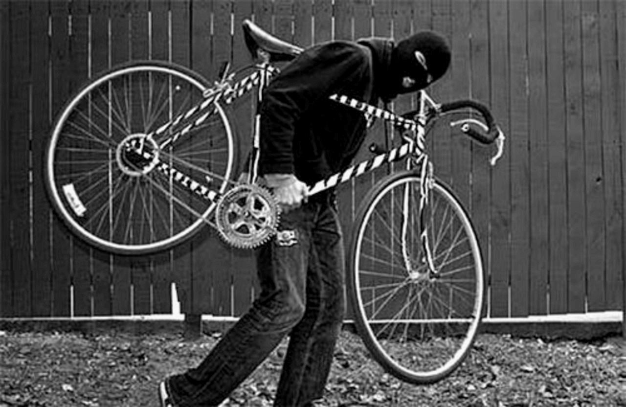 Смоляне украли велосипеды на50 тыс. руб. ипотратили деньги на спирт